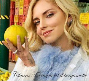 Chiara con un bergamotto